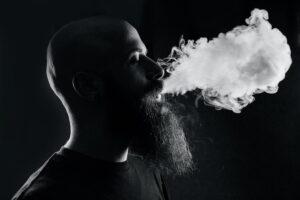 Gli effetti dannosi del fumo sui tuoi denti